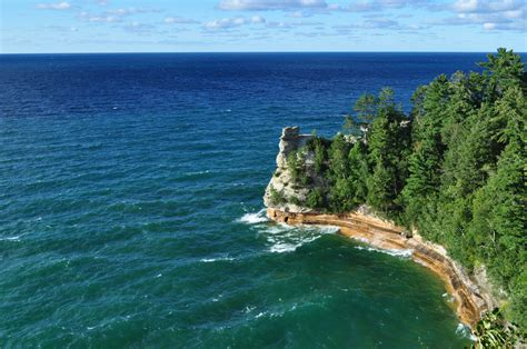 michigan vacation lake summer spots go largest beauty natural glass island thymeandlove diverse blueberry picking kayak toes dip wine enjoy