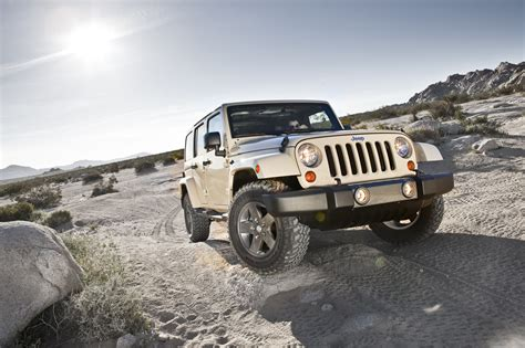 Wrangler Fuel Economy by 2012 Jeep Wrangler Fuel Economy Figures Improve Autoblog