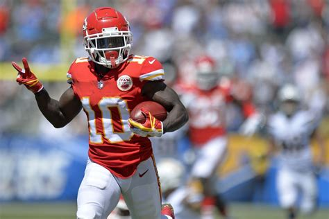 kc chiefs news creativity  needed  tyreek hill