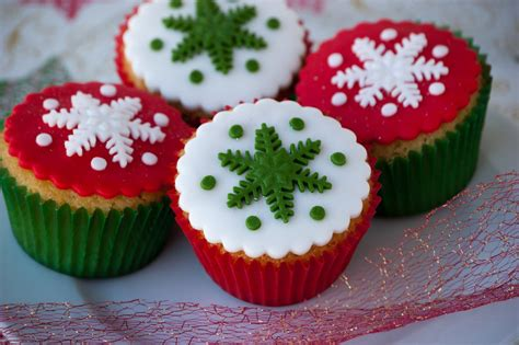 cupcakes are my new love christmas cupcakes