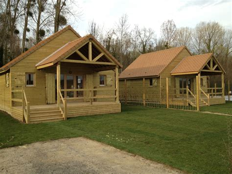 construction chalet de loisir chalets en bois habitable destombes