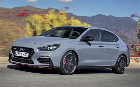 Our comprehensive reviews include detailed ratings on price and features, design, practicality, engine, fuel consumption, ownership. 2019 Hyundai i30 Fastback N review