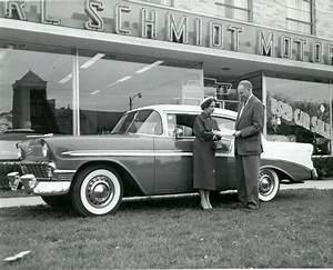 Chevrolet Concessionnaire : les 421 meilleures images du tableau vintage car dealers gas stations sur pinterest garages ~ Gottalentnigeria.com Avis de Voitures