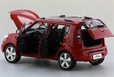 Red 1/18 Scale Kia Soul City Minicar Alloy Model Car Toy