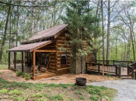 indiana cabin rentals chimney log cabin in brown county indiana vacation rental
