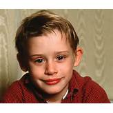Macaulay Culkin Biography - Childhood, Life Achievements & Timeline