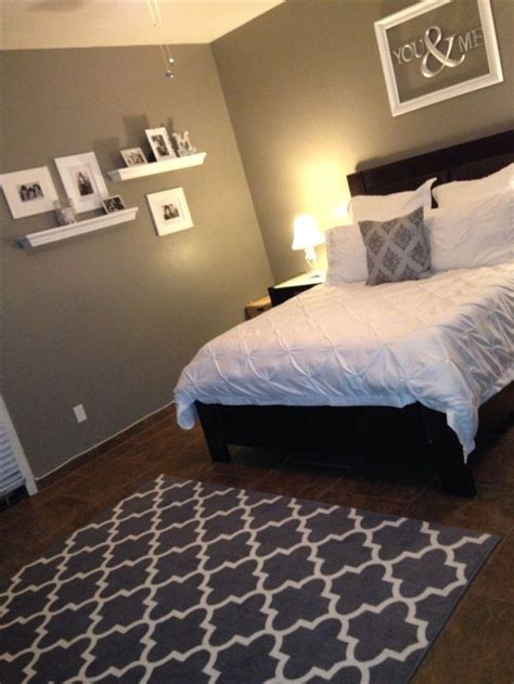 Gray And White Room Decor - 25 best ideas about open frame on small