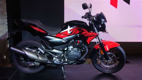 hero xtreme  unveiled  india launch   auto expo  find  upcoming cars