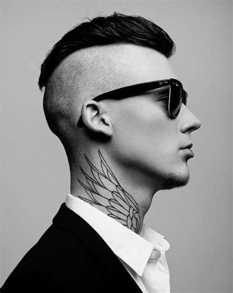tatouage cou homme tatouage nuque homme aile