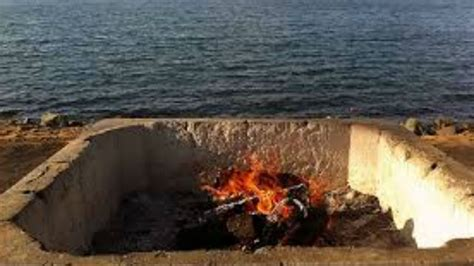 men stabbed  mission beach fire pit attack times
