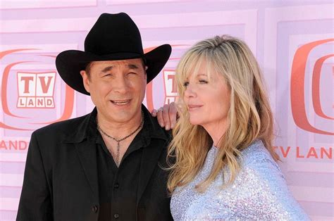 clint black and hartman lily pearl black today www pixshark com images galleries with a bite