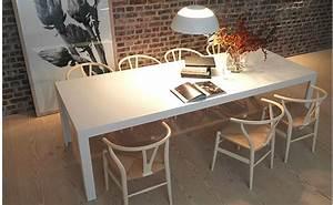 Bulthaup C2 Tisch : bulthaup c2 table in solid core white laminate with hans wegner classic wishbone chairs ~ Frokenaadalensverden.com Haus und Dekorationen