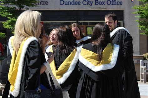 academic dress  dundee