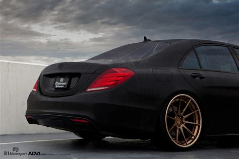 Matte Black Mercedes-benz S550