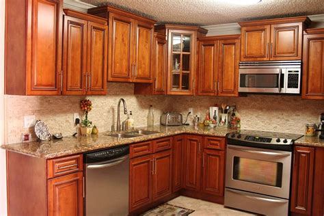 Enjoying The Maple Kitchen Cabinets  All About House Design. Storage Cabinet For Living Room. Themes For Living Rooms Apartments. Orange Sofa Living Room Ideas. Living Room Furniture Philadelphia. Latest False Ceiling Designs For Living Room. How To Make Living Room Beautiful. Ceiling Designs For Living Room. Curtains Living Room Window