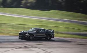 2018 Ford Mustang Shelby GT350 / GT350R | Fuel Economy Review | Car and Driver