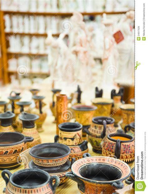 ceramics souvenir shop traditional vases royalty free stock image image 32265626 ceramics souvenir shop royalty free stock images image 24017529