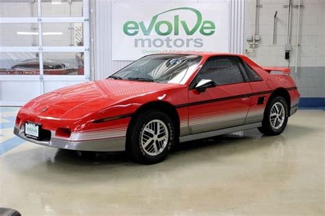 The 15 Most '80s Cars Of The 1980s