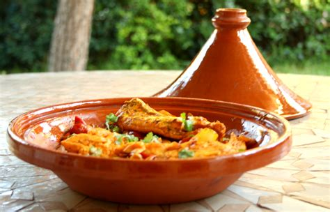 cuisiner avec un tajine en terre cuite tajine de poisson recettes cookeo
