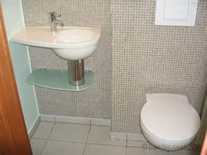 Handtuchhalter Für Gäste Wc : ein handwaschbecken f r das g ste wc finden wir f r sie ~ Frokenaadalensverden.com Haus und Dekorationen
