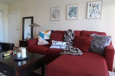 red sofa living room decor 3 ways to work around a red sofa when styling your living