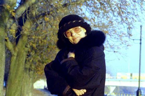 Ivan darvas, another well known actor, who also appeared in makk's szerelem, plays ivan, mari's old. Törőcsik_Mari_születésnap