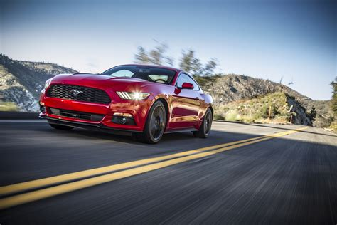 news ford mustang   worlds  selling sports car