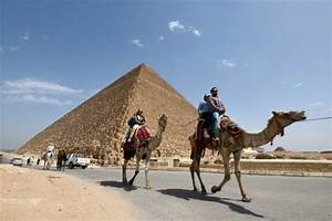 Egypt archaeologist criticises pyramid void 'discovery'