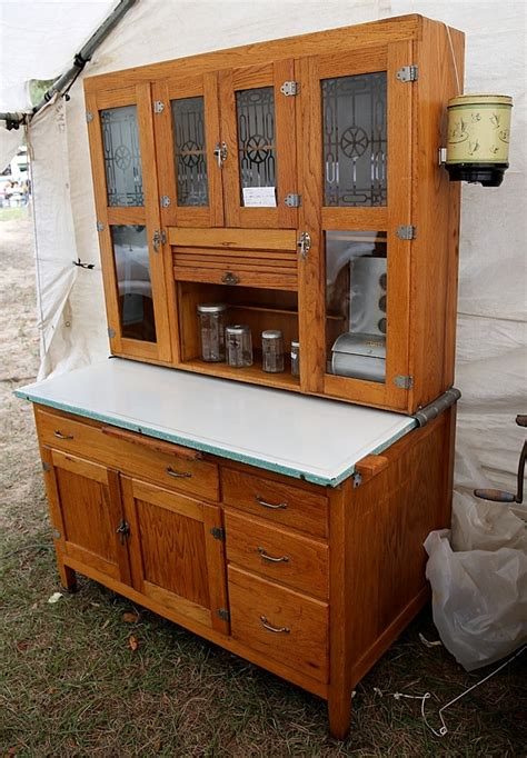 vintage hoosier kitchen cabinets 194 best images about the hoosier cabinet on 6810