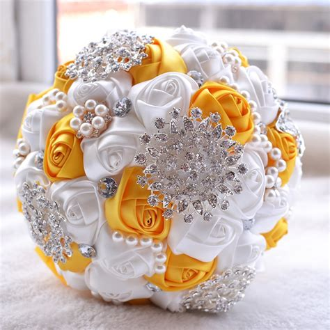 wedding holding pearl flowers bridal bouquet