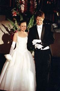 jared when he was in gilmore girls jared padalecki With alexis bledel wedding dress