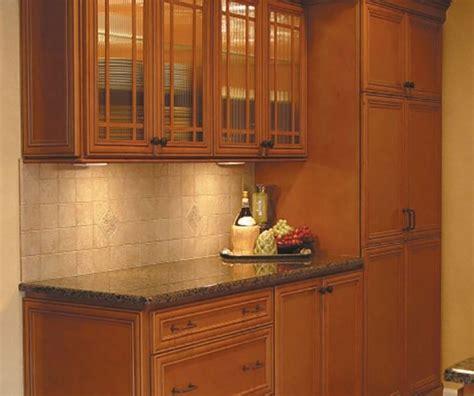 maple glaze cabinets kitchen glazed maple kitchen cabinets 7351