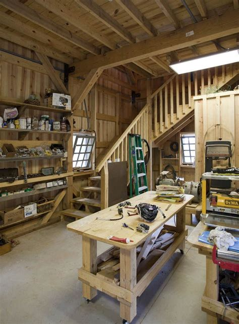 barn workshop  loft area  plenty  space