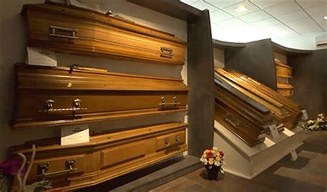prix chambre funeraire services éraires gt cercueils et urnes pompes èbres