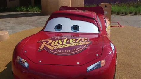 cars sally and lightning mcqueen lightning mcqueen sally carrera radiator springs cars