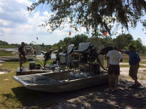Old Boat Props by Old Boat New Motor Gearbox And Prop Southern Airboat