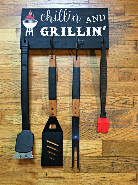 chillin  grillin wood sign bbq utensil holder