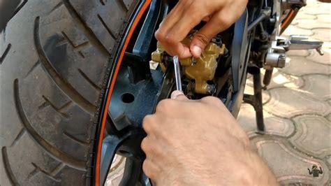 How To Change Brake Pads Of Bike (hindi) Rear Disc Brake