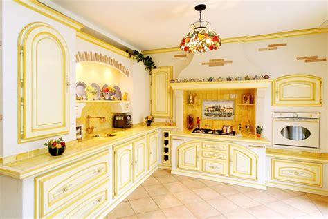 nettoyage hotte de cuisine 20 cuisines provençales pour s inspirer diaporama photo