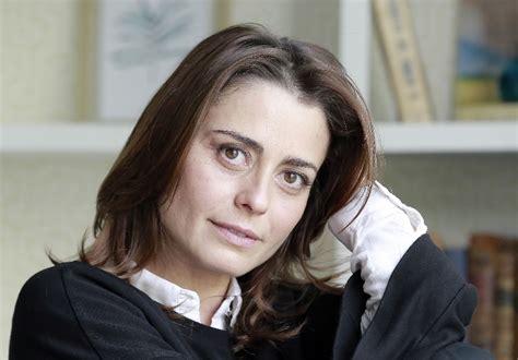 Unique gift for your love one size:12.2h. Perseguição sem fim deixa Patrícia Tavares «em stress ...