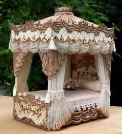 Dollhouse Miniature Canopy Bed Queen Elizabeth