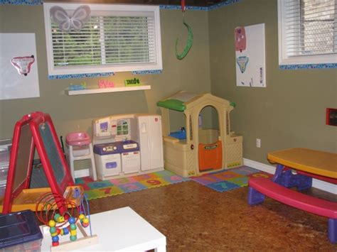 whitehills daycare organic in toddler preschool 588 | 1274580103 playroom%201