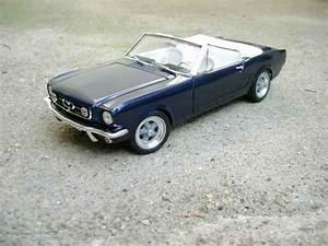 Modellauto Ford Mustang : ford mustang 1965 convertible blau jouef modellauto 1 18 ~ Jslefanu.com Haus und Dekorationen