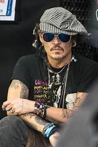 Johnny Depp: Sein Ex-Management bestätigt Gewalt gegenüber ...