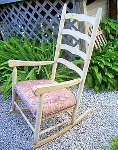 Coussin Fauteuil De Jardin : 1001 id es et inspirations de motifs pour coussin de chaise ~ Teatrodelosmanantiales.com Idées de Décoration