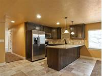 basement kitchen ideas 25+ best ideas about Small basement kitchen on Pinterest ...