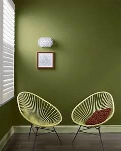 Wohnzimmer Ideen Grün : gr n als wandfarbe ideen olivgruen wohnzimmer ~ Lizthompson.info Haus und Dekorationen