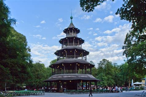Englischer Garten München Teehaus by Englischer Garten Der Chinesische Turm Munich