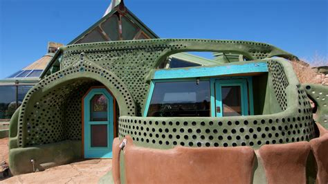 """earthship Biotecture"" Renegade New Mexico Architect's"