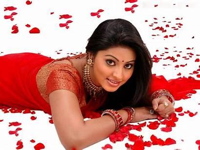 Sneha Actress Saree Tamil Stills Wallpapers Indian